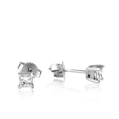 3/8 Carat Diamond Stud Earrings