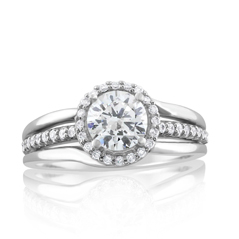 Embrace Collection Round Halo Diamond Ring
