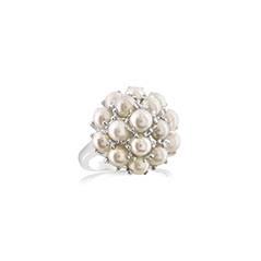 Estate Pearl Cluster Ring