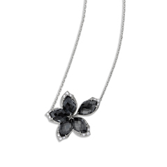 STEPHEN WEBSTER Love Me, Love Me Not Flower Necklace