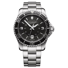 VICTORINOX SWISS ARMY Maverick Large 43mm Watch