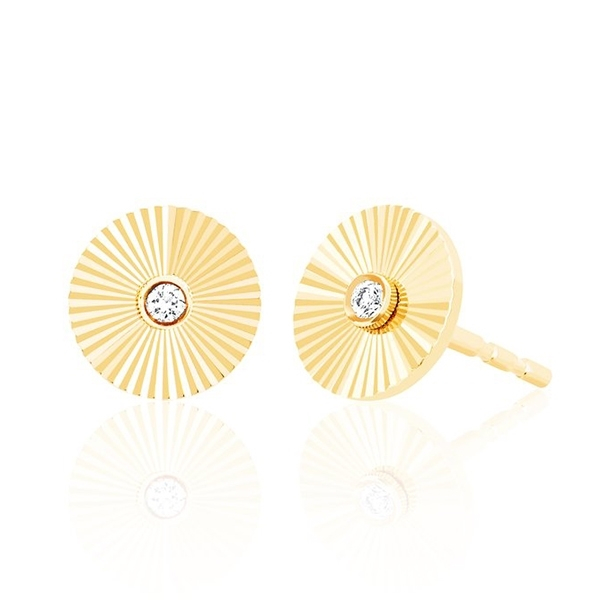 EF COLLECTION Diamond Fluted Disc Studs photo