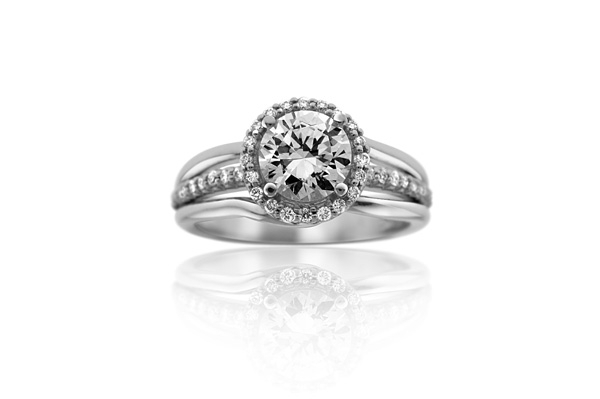 Embrace Collection Diamond Ring photo