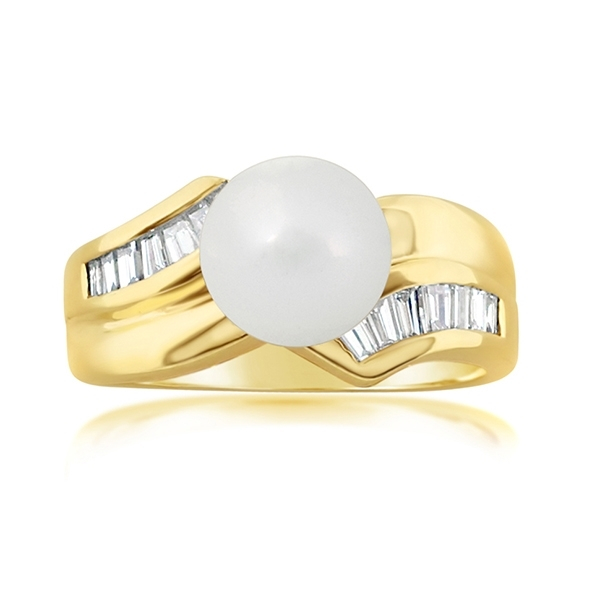 Estate Pearl & Diamond Ring photo