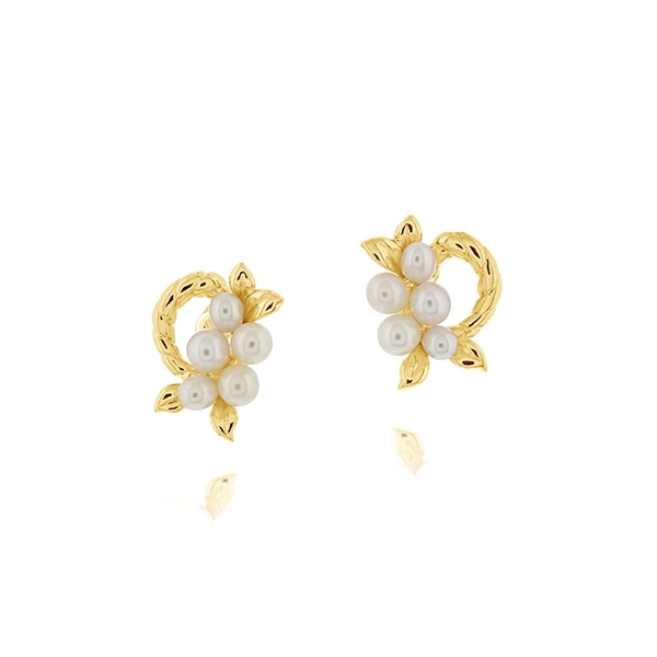 Estate Pearl Cluster Earrings photo