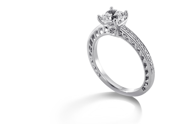 RITANI Lattice Diamond Engagement Ring photo